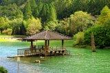 明池湖池上亭