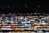 馬賽克般的華麗市集,曼谷拉差達火車夜市